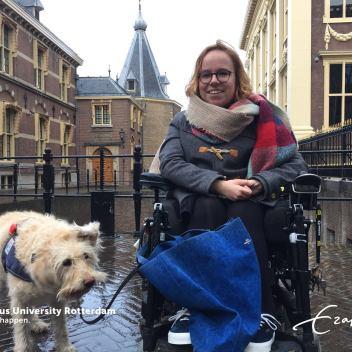 """""""Pietje is de beroemdste hond van het Binnenhof"""""""